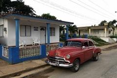Chevrolet rossa a Viñales