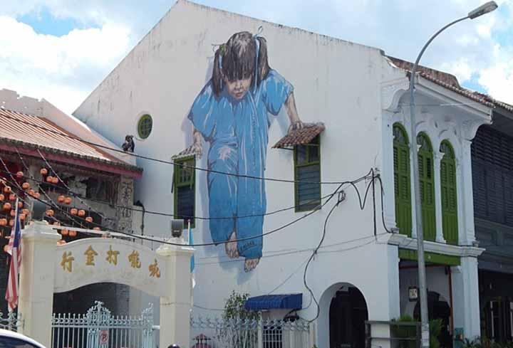 girl-mural