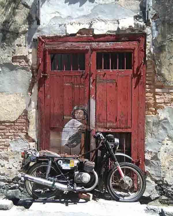 Il ragazzo sulla moto