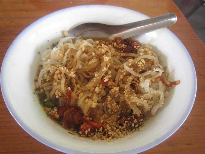 shan noodles - Nyaung Shwe