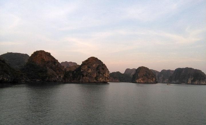 Lan Ha bay al tramonto